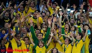 Wat voorspellen de bookmakers en voetbalanalisten over Brazilië - Duitsland?
