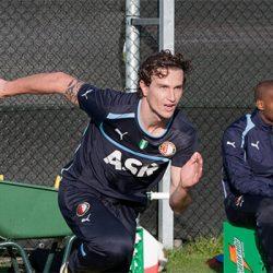 Transfernieuws: Daryl Janmaat vertrekt mogelijk bij Newcastle United