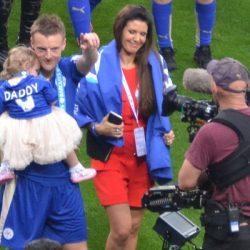 Transfernieuws: Jamie Vardy ook volgend seizoen bij Leicester City